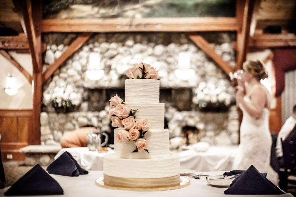 A Wedding Cake Detail Photography